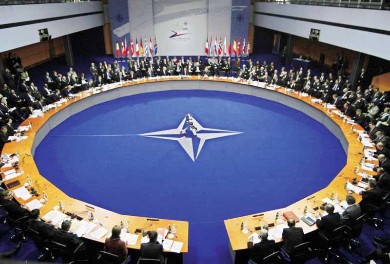 http://www.globalresearch.ca/articlePictures/NATO%20Summit.jpg