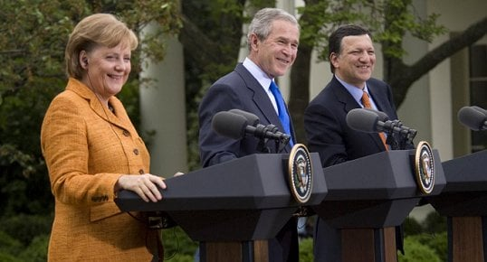 الناتو و أوراسيا dans دراسات US%20EU%20Summit