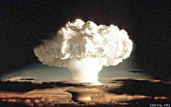 The Most Perilous Nuclear Arsenal in the World: Israel invites the World to Revolt