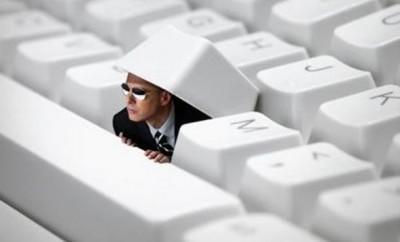 Espionnage et propagande avec Facebook, Twitter