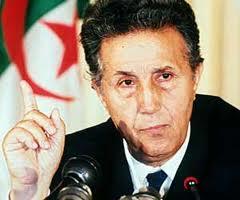 En souvenir d'Ahmed Ben Bella, 1er président de l'Algérie indépendante, décédé le 11 avril 2012 à l'âge de 96 ans