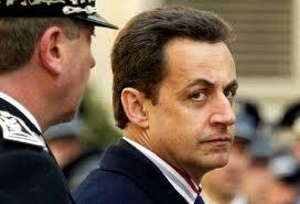 Sarkozy propose des mesures policières après les tueries de Toulouse