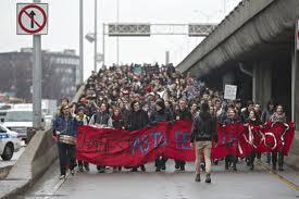 Intimidation et conflit étudiant - L'université en état de siège