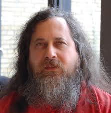 """Stallman : La loi CISPA """"abolit presque"""" le droit de ne pas être légalement inquiété de manière irraisonnable"""