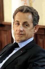 France: Le président Sarkozy cherche à gagner les voix néofascistes
