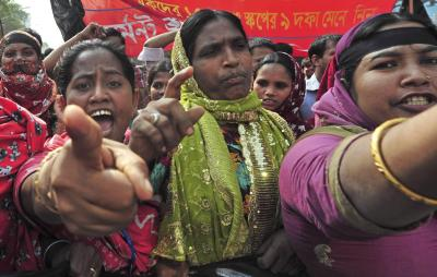 BangladeshFire.1129~2_400