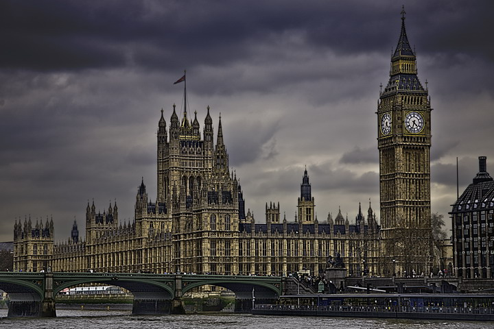 British Home Secretary Waited Until Terror Suspect Was Abroad Before Stripping Citizenship