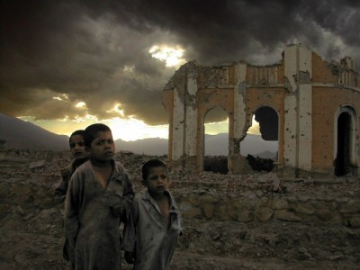 Afghanistan-Kabul-war-children-mknobil-pic