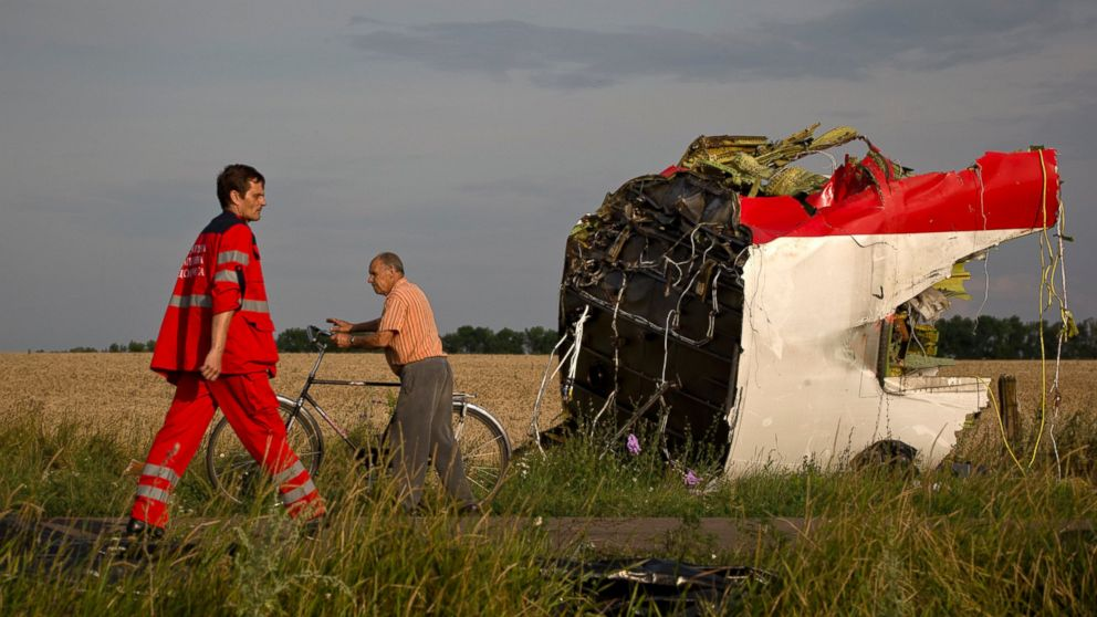 The Malaysian Airline MH17 Crash: Sixteen Central Issues Which Cannot be Ignored