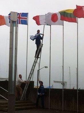 Irish politician pulls down Israeli flag at children's sailing event