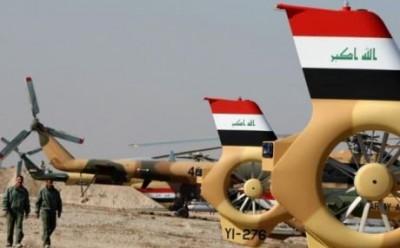 """Iráčtí piloti """"omylem"""" shodili zásoby jídla a munice jednotkám ISIS"""