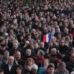 Des millions de personnes défilent en France après l'attentat contre Charlie Hebdo