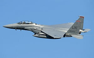 Irak et Syrie ou l'arnaque occidentale de l'EI  - Page 2 300px-F-15E_Strike_Eagle