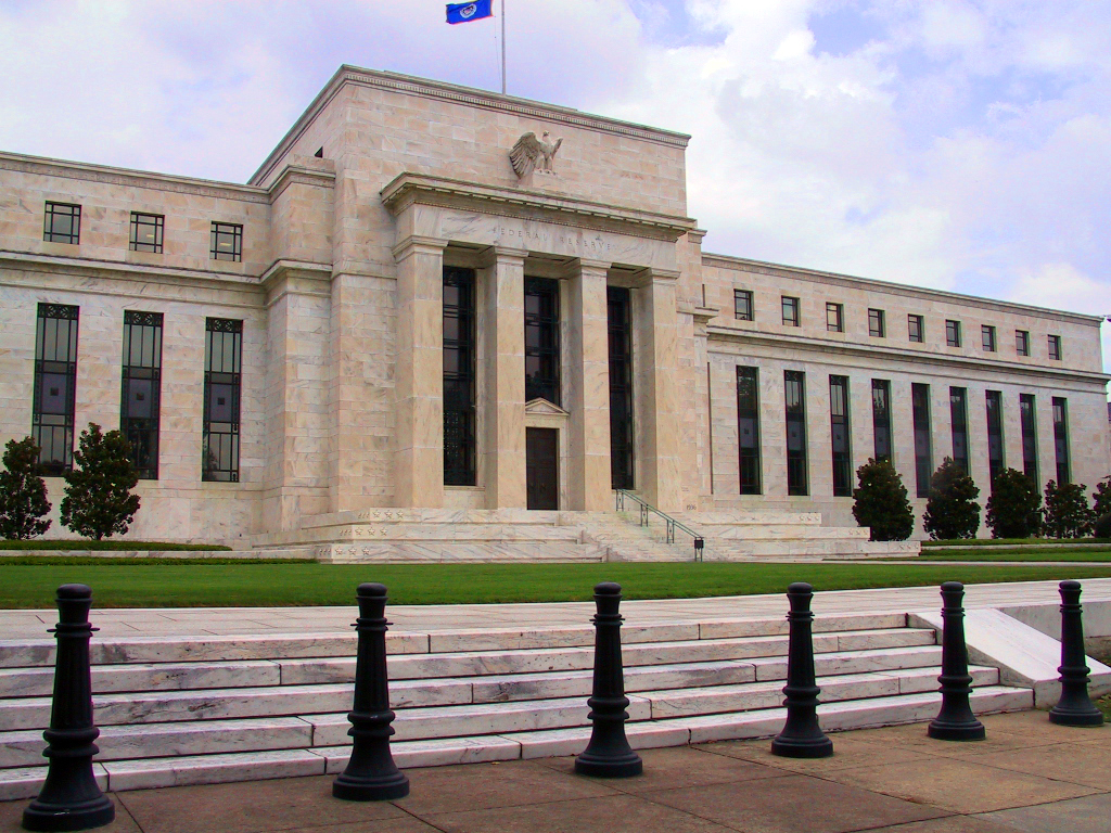 The Federal Reserve and the Global Fracture