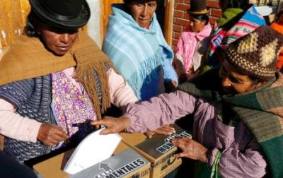 aymara woman voting bolivia