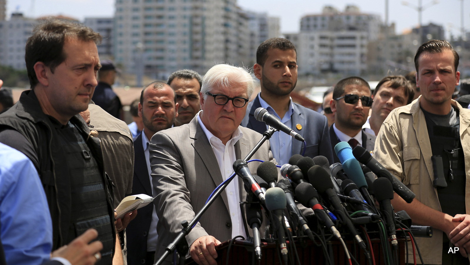 From Germany, With Hypocrisy: Foreign Minister Frank-Walter Steinmeier visits the Gaza Strip