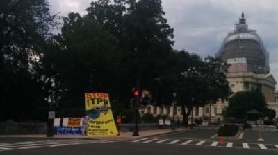 stop-TPP-frack-gas-lobby