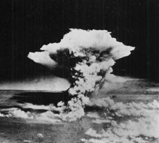 Peter Kuznick: The Untold History of US War Crimes - Global