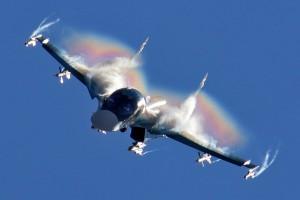 Sukhoi_Su-34_flight_display_at_2015_MAKS-300x200