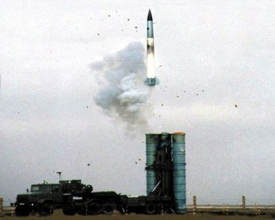s-300pt_sa-10a_grumble_a_long-rang_strategic_SAM_sol-air_missile_system_Russia_Russian_army_640