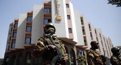 Bamako-h%C3%B4tel-militaires-400x216.jpg