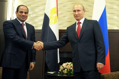 Presidents Sisi and Putin seal the deal. (Photo Credit: Russian Presidential Office)