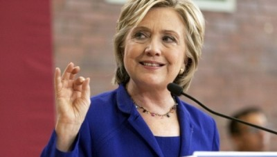"Hillary Clinton has a close relationship with the world's top arms companies. | Photo: Reuters This content was originally published by teleSUR at the following address: ""http://www.telesurtv.net/english/news/Clinton-Tops-List-of-Arms-Company-Donations-20151214-0002.html"". If you intend to use it, please cite the source and provide a link to the original article. www.teleSURtv.net/english"