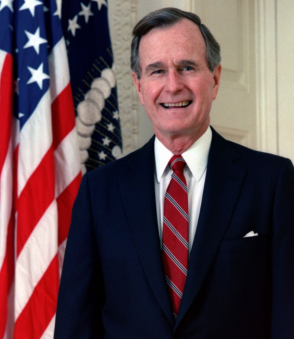The Bin Ladens And The Bushes On 9 11 George Herbert W Bush Meets