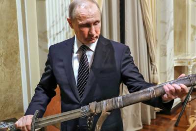 Kremlin Issues Stern Warning to Washington Over US Help for Terrorists in Syria