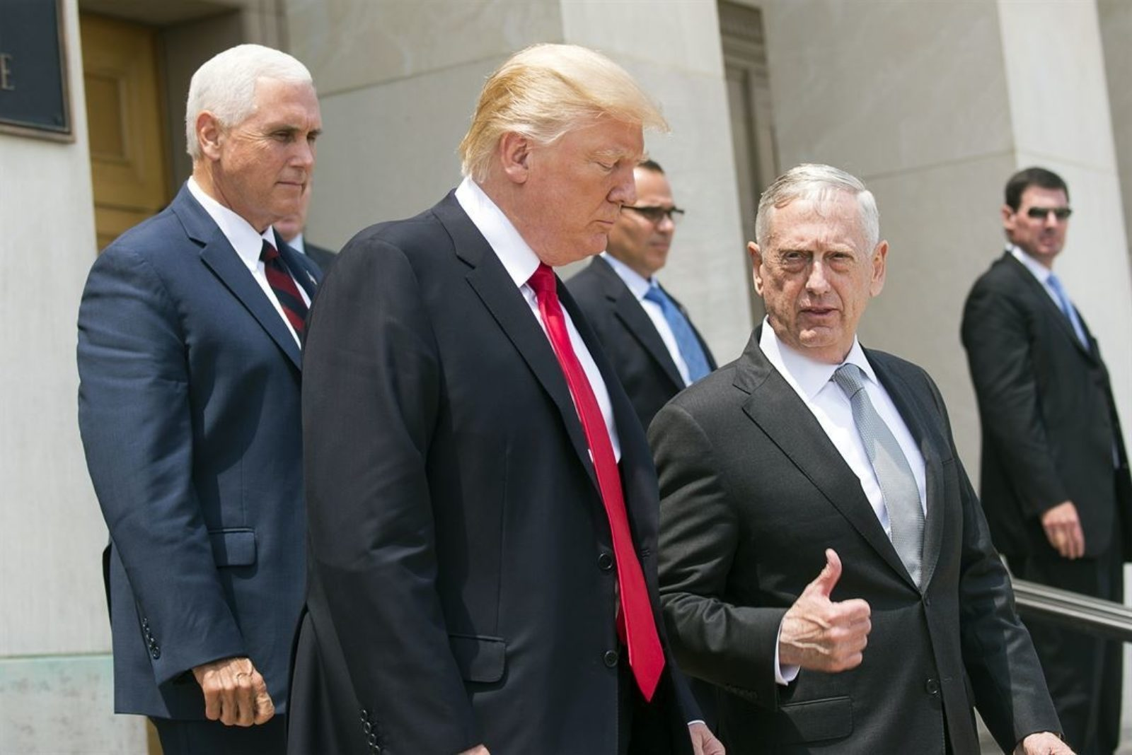 Trump's Pentagon Ups Secrecy Around US Air Wars
