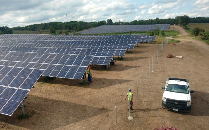 After Trumps Solar Panel Tariffs – $2.5 Billion in Renewable Energy Projects Shelved