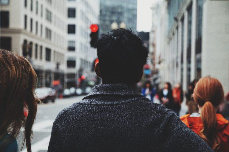 """Erschreckende Studie aus Japan zeigt enormer Anstieg der Selbstmordrate aufgrund der """"COVID-Beschränkungen"""""""